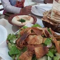 Foto tirada no(a) Restaurante Al-Soltan por Abu S. em 6/27/2013