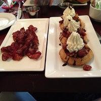 Das Foto wurde bei White Dog Cafe von P A T R I C K D. am 12/30/2012 aufgenommen