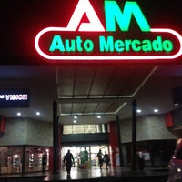Photo taken at Auto Mercado Tres Ríos by Melissa A. on 2/20/2013