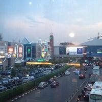 รูปภาพถ่ายที่ Pondok Indah Mall โดย Arbain R. เมื่อ 11/15/2012