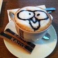 1/12/2013 tarihinde Bora Ç.ziyaretçi tarafından KA'hve Café & Restaurant'de çekilen fotoğraf