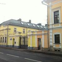 Снимок сделан в Подсосенский переулок пользователем Lena Y. 10/14/2012