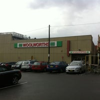 Photo taken at Woolworths by HYUN SU K. on 4/4/2013
