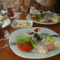 7/20/2013 tarihinde Yagmur K.ziyaretçi tarafından Fiskos Kahvaltı Cafe'de çekilen fotoğraf