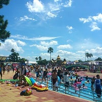 Photo taken at Uminonakamichi Sunshine Pools by としパパ on 8/15/2012