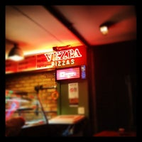 Photo taken at Vezpa Pizzas by Anderson M. on 10/29/2012