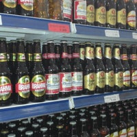 Foto tirada no(a) Supermercado Tome Leve por Tucci L. em 1/12/2013