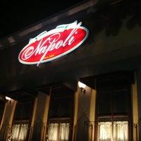 Foto tirada no(a) Cantina di Napoli por Roberto R. em 3/13/2013
