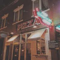 Das Foto wurde bei Greenville Avenue Pizza Company von Rondo E. am 7/21/2014 aufgenommen