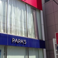 Photo taken at PAPA'S & MAMA'S パパス茨木店 by Bob ボ. on 4/19/2013