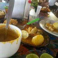 Foto tirada no(a) Pousada e Restaurante Santiago por Drica M. em 11/20/2012