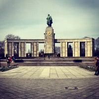 3/18/2013 tarihinde Pedro S.ziyaretçi tarafından Sowjetisches Ehrenmal Tiergarten'de çekilen fotoğraf