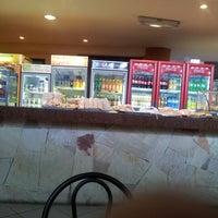 Foto tomada en Cafetería UAA por Alcides P. el 12/10/2012