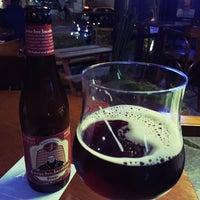 Foto tirada no(a) Get Your Beer por Heloisa U. em 6/23/2016