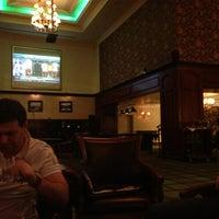 4/6/2013 tarihinde Oleg G.ziyaretçi tarafından Irish Bar'de çekilen fotoğraf