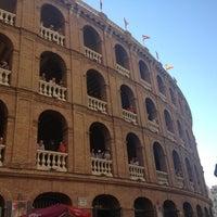 Foto tomada en Plaça de Bous de València | Plaza de Toros de Valencia por Silvia P. el 10/9/2012