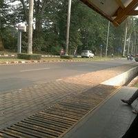 Photo taken at Fakultas Hukum by nusrofan a. on 10/23/2012