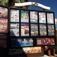 Photo taken at Taco Bell by Demetrio M. on 9/26/2013