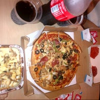Photo taken at Domino's Pizza by Hengky Dos Santos S. on 9/23/2014