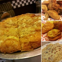 Photo taken at Shakey's by Juls Y. on 7/1/2016