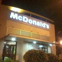 Foto tirada no(a) McDonald's por Jota Peu em 4/22/2013