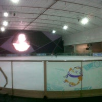 Photo taken at Sub-Zero Ice Skate Club by kungogu t. on 2/5/2013
