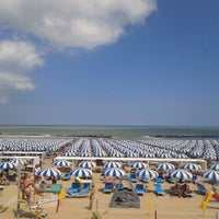 Photo taken at Spiaggia di Cattolica by La tarte M. on 8/15/2013