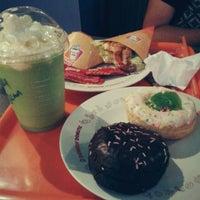 Photo taken at Dunkin' Donuts by Burshcha X. on 10/15/2013