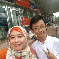 Photo taken at Super Indo Jembatan Merah by Anne A. on 4/22/2017