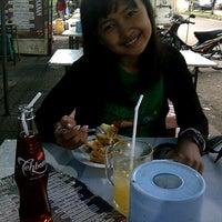 Photo taken at CHOICE CAFE Gasibu by Wulandari S. on 6/28/2013