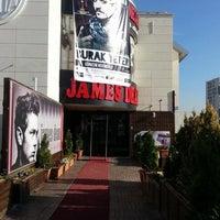 11/13/2012 tarihinde Selami Y.ziyaretçi tarafından Park Caddesi'de çekilen fotoğraf