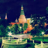 Photo taken at Aleksandrovskiy Garden by Anna S. on 7/14/2013