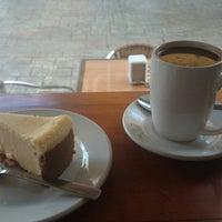 Foto tomada en Ah Cacao Chocolate Café por Alejandro F. el 8/30/2014