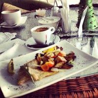 Снимок сделан в М cafe пользователем sveta d. 12/23/2012
