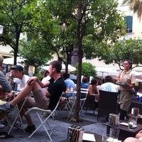 Foto scattata a 21 - Lunch Music Bar da Giulia L. il 8/8/2013