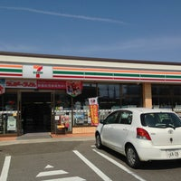 Photo taken at 7-Eleven by (゚∀゚) on 3/17/2013