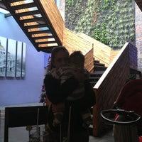 Foto tomada en MX Restaurante por Camila F. el 1/1/2013