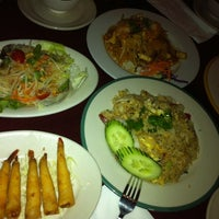 Photo taken at King of Thai Noodle by Cat on 10/30/2012