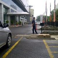 Photo taken at Honda Jakarta Center (PT Imora Motor) by Nino T. on 1/25/2013