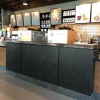Photo taken at Starbucks by Tom-Tom S. on 8/13/2018