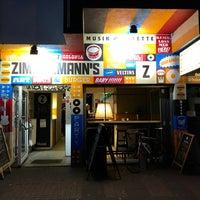 Das Foto wurde bei Zimmermann's - Art, Beats, Burger von gei3el am 9/14/2017 aufgenommen