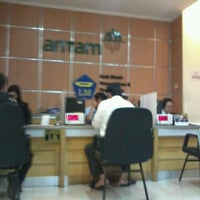 Photo taken at Logam Mulia PT Antam Tbk by Farra S. on 9/27/2012