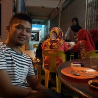 Photo taken at 833 BBQ Steamboat Buffet by Norshafieza R. on 8/6/2013