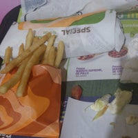 Photo taken at Taco Bell by Valeria G. on 3/18/2013