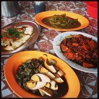 Photo taken at Restoran Teo Kee by Horizoner 3. on 7/29/2013