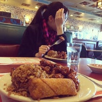 Photo taken at Yang's Chinese Restaurant by Nico B. on 12/27/2013