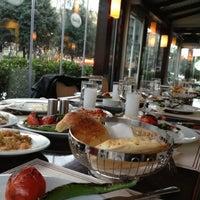 3/4/2013 tarihinde Mehmet Gökhan Ş.ziyaretçi tarafından Kebabi Restaurant'de çekilen fotoğraf