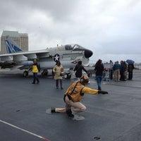 Foto scattata a USS Midway Museum da Haowei C. il 12/29/2012