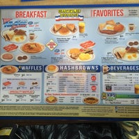 Photo taken at Waffle House by Martin M. on 5/4/2015