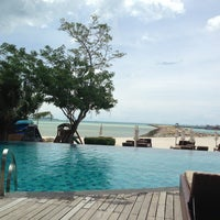 Photo taken at Swimming Pool Deva Samui Resort & Spa by Ludovit B. on 9/6/2013